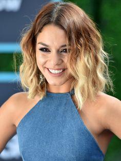 Vanessa Hudgens liebt es zu experimentieren - vor allem wenn es um ihre Haarfarbe geht. Die Schauspielerin zeigt hier einen Bob mit einer tollen Ombre-Nuance!