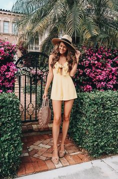 47 Lovely Summer Outfits Ideas For Women 2019 Our cute summer trends are ideal for any sunny adventure! Luckily, there are tons of maternity outfits that are ideal […] Hot Summer Outfits, Spring Summer Fashion, Spring Outfits, Cute Outfits, Casual Summer, Modern Talking, Sundress Outfit, Pink Dress, Fashion Clothes