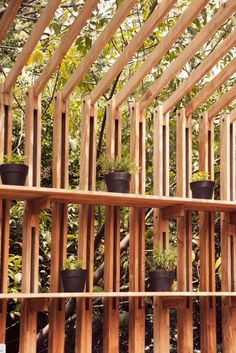 I would like to know more about this pergola. I could also use this concept as a fence...