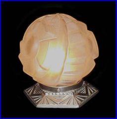UNIQUE VINTAGE c. 1930 FRENCH ART DECO SIGNED DEGUE GEOMETRIC ACCENT TABLE LAMP