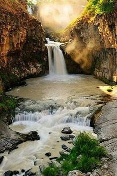 Cataratas del Río Blanco - Oregon - EE.UU.