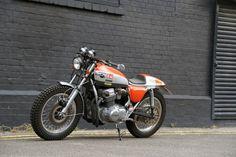 "Racing Cafè: Honda CB 750 ""Urban Scrambler"" by Steve Lowe Honda Scrambler, Honda Cb750, Scrambler Motorcycle, Street Tracker, Honda Cb Series, Guzzi, Honda Africa Twin, Vintage Cafe Racer, Vintage Biker"