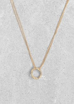 Circle pendant necklace   Circle pendant necklace   & Other Stories
