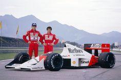Ayrton Senna & Alain Prost - Honda Marlboro McLaren - McLaren Honda - Grand Prix du Brésil - Jacarepaguá, 1989 - source Old and New. Mclaren Formula 1, Formula 1 Car, Alain Prost, Racing F1, Drag Racing, Gp Do Brasil, Nascar, Honda, Gilles Villeneuve