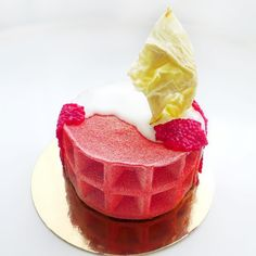 Happy birthday father! Special entremet- raspberry | passion fruit | bubble tea #chefstalk #vegan #glutenfree #healthy #pastry #chocolate by chefsentjurin