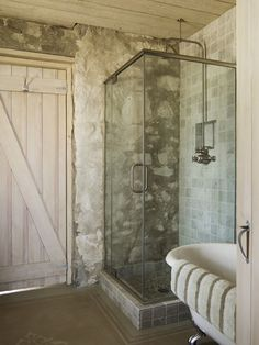 Improve your Mornings and Shower in Style | Love Chic Living #mira #mirashowers
