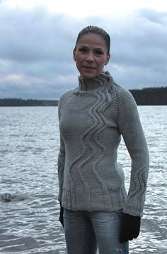 ♥ Maija in Taito 6/11 - beautiful cream chunky cabled pullover with turtleneck - Ravelry