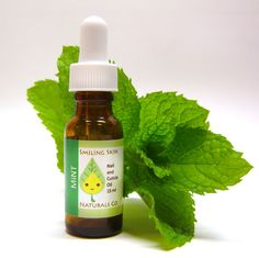 Minty All Natural Nail & Cuticle Oil, made with Organic Jojoba Oil and Essential Oils, Vegan, Peppermint, Spearmint, Wintergreen