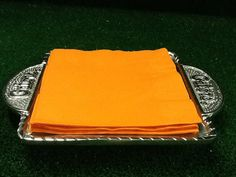 Florida Gators Serving Tray by Tailgategoodsdotcom on Etsy, $20.00 College Store, Fan Store, Florida Gators, Tailgating, Gifts For Him, Best Gifts, Tray, Unique Jewelry, Trays