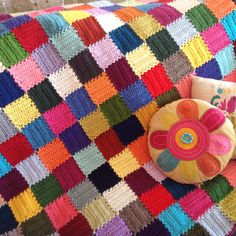 All her Free Patterns here.. They're all So Colorful! Visit the post for more.