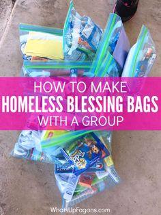 Great group service project idea for a Christian Homeschool Co-Op or Church Group - Blessing Bags - Homeless Gift - Giving to Homeless - Charity. Keep in the back of your car for an easy something to give to people in need. #LIGHTtheWORLD