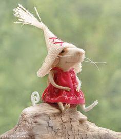 Felt miniaturefelt mouseneedle mouseart and by TenderMouse on Etsy