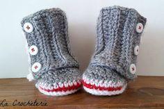 Bottines style bas de laine au crochet / tricot pour bébé Pantoufles, Accessoire photo, nouveau-né, cadeau de naissance fait à la main