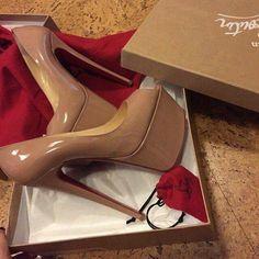 Dress pretty and stay educated👸🏽 Nude High Heels, Sexy Heels, Womens High Heels, Stiletto Heels, Shoes Heels Boots, Heeled Boots, Beautiful High Heels, Sneaker Heels, Fashion Heels