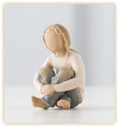 Spirited Child - …nurtured by your loving care. Shop at the official Willow Tree website, home to Susan Lordi's line of carved hand-painted figurative sculpture. Willow Tree Engel, Willow Figures, Willow Tree Statues, Willow Tree Figuren, Family Sculpture, Angel Sculpture, Sculpture Art, Garden Figurines, Kids Lighting