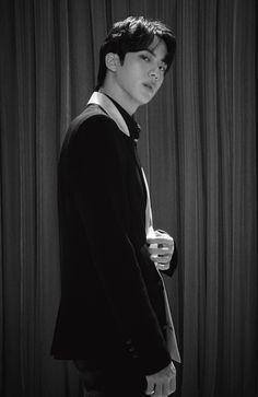 Seokjin, Namjoon, Foto Bts, K Pop, V E Jhope, Jimin Jungkook, Bts Black And White, The Journey, Twitter Bts