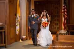 Beautiful mermaid wedding dress with lace accents - Houston wedding photography - MD Turner Photography