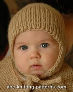Ribbed Baby Earflap Hat FREE knitting pattern by Elaine Phillips ||| ABC Knitting Patterns