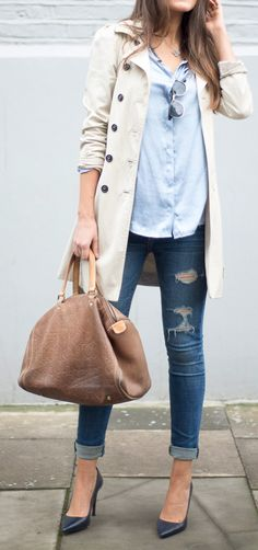 street chic style - chambray shirt + dark denim cropped skinnies + navy stilettos + kaki trench coat + brown handbag + aviators