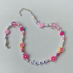 Pig Necklace, Beaded Necklace, Beaded Jewelry, Beaded Bracelets, Pink Jewelry, Cute Jewelry, Homemade Necklaces, Handmade Wire Jewelry, Necklace Designs