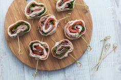 D'estate una bella insalata caprese è quello che ci vuole per gustare un piatto fresco e soddisfacente. Oggi vi sveliamo un altro volto della mozzarella per preparare un altrettanto gustoso antipasto …