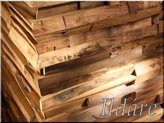 Loft falburkolat fából Do It Yourself Projects, Loft, Flooring, Modern, Diy Ideas, Crafts, Home Decoration, Trendy Tree, Manualidades