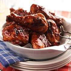 Turkey Thighs in Barbecue Sauce Recipe - Enjoy these thighs rain or shine! Just throw them in the slow cooker before work, and come home to a flavorful main dish with only 12 grams of carb per serving. Diabetic Slow Cooker Recipes, Healthy Eating Recipes, Crockpot Recipes, Cooking Recipes, Diabetic Foods, Lunch Recipes, Healthy Food, Dinner Recipes, Yummy Food