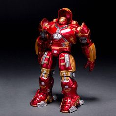 Marvel Avengers Age of Ultron LED Iron Man HULKBUSTER Action Figure PVC Toy Doll