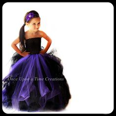 Couture Witch Tutu Dress - Halloween Costume - Little Girls Size 6 12 Months 6 7 8 10 12 - Dark Sea Monster Vampire Pageant Gown by OnceUponATimeTuTus on Etsy Costumes Avec Tutu, Up Costumes, Vampire Costumes, Witch Costumes, Disney Costumes, Tutu Skirt Kids, Kids Tutu, Toddler Tutu, Witch Tutu