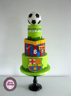 Made this Fc Barcelona cake for Wesley's birthday! I find football cakes very difficult to make and did my best to make it a little bit different😊 Hihi i really don't like footbal maybe that's why it is difficult for me😄😄 Soccer Birthday Cakes, Football Birthday, 8th Birthday, Barcelona Cake, Barcelona Party, Fondant Cupcakes, Soccer Ball Cake, Soccer Theme, Soccer Party