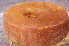 Um bolo fofíssimo e delicioso para o seu café da manhã ou para acompanhar um cafezinho ou chá da tarde :) Vai precisar de... Para o bolo 200g de manteiga 3 ovos 1 colher de chá de fermento 2 xícaras de farinha de trigo 1 xícara de suco de tangerina Raspas da casca de 2 tangerinas