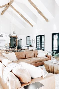 18 Vaulted Ceiling Designs That Deserve Your Attention Modern Farmhouse Living Room Attention ceiling Deserve Designs Vaulted Build Your Own House, Living Room Inspiration, Home Living Room, Open Living Rooms, Kitchen Living, Cheap Home Decor, Great Rooms, Home Fashion, Home Remodeling