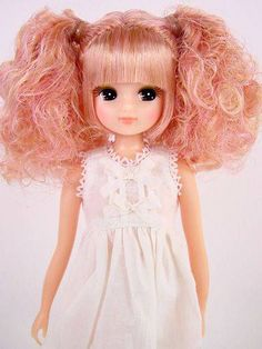 Licca-chan - LoveVintageDolls Doraemon, Hijab Barbie, Fashion Royalty Dolls, Little Doll, Cute Toys, Doll Maker, Ball Jointed Dolls, Vintage Dolls, Beautiful Dolls