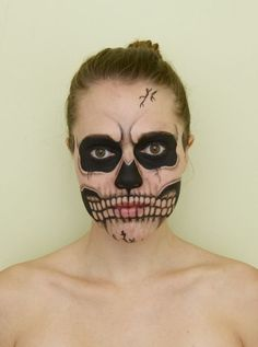 Skull (facepaint,corynn,willow,skull,death,skeleton,bones,head,face,dead)