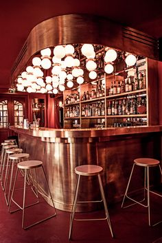 Decorating your ideal home bar design. Consider yourself lucky if you've got your own home bar - it's a perfect […] Design Bar Restaurant, Deco Restaurant, Vintage Restaurant, Café Design, Design Studio, Design Ideas, Design Projects, Café Bar, Bar Lounge