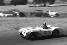 Paramount Ranch on March 10, 1957.     Bob Drake finished 3rd in Joe Lubin's Aston Martin.