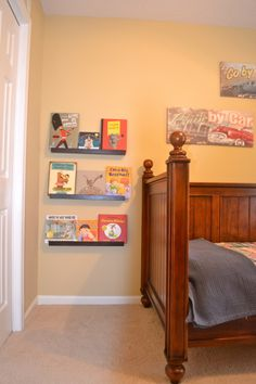 boys bedroom - book wall shelves, coat rack....perfect layout for Rein's room!