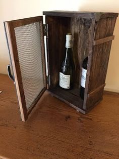 Objets déco, tutoriels et meubles en bois de palettes : Un petit cellier de style industriel en bois et ac...