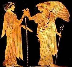 Ai tempi di Socrate e Platone il greco, come lingua, era un qualcosa d'astratto, poiché si parlavano una miriade di dialetti
