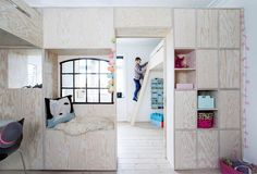 self made plywood furniture in children rooms Small Space Living, Small Rooms, Small Spaces, Plywood Furniture, Kids Furniture, Furniture Design, Creative Kids Rooms, Monday Inspiration, Up House