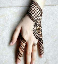 Celebrate the weddings and occasions with majestic mehendi
