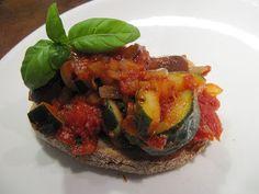 Provencelainen kasvishöystö eli ratatouille / Kipparin morsian Ratatouille, Ethnic Recipes, Food, Essen, Meals, Yemek, Eten