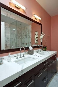 Bring Elegance to Your Dull Bathroom Look With Bathroom Mirrors