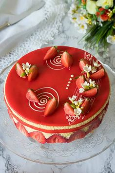 Sweet Recipes, Cake Recipes, Dessert Recipes, Fancy Desserts, No Bake Desserts, Summer Cakes, Rainbow Food, Strawberry Cakes, Strawberry Cake Decorations