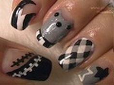 ❤Nail Art Supplies❤ http://www.cupcakenailart.com Very much requested super junior nails! As part of my Korean pop band series I will be doing more of them in the future. Hope you like it ;)  Pictures I got my inspiration from: http://fangirltainment.com/wp-content/uploads/2010/06/superjunior.jpg http://klyricstor.files.wordpress.com/2010/08/sup...