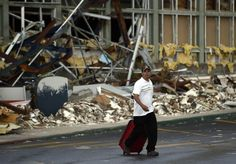 Hurricane Odile: More airlines resume flights to Mexico's Los Cabos