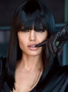 Angelina Jolie Long Hairstyle: Raven Hair | Pretty Designs