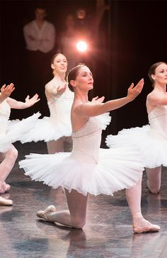Rachel Rawlins and artists of The Australian Ballet.