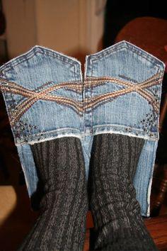 DIY Jeans slippers :-) strange or what? Diy Jeans, Diy Denim, Artisanats Denim, Jeans Refashion, Recycled Denim, Refaçonner Jean, Jean Diy, Jean Crafts, Denim Crafts