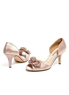 Champagne Cute Peep-Toe Sandal